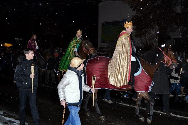 Kr�lowie konno przemierzali Tuliszk�w