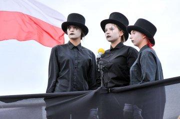Wideo: Spektakl na zako�czenie SCABB Festival 2014