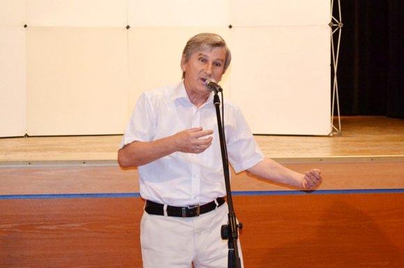 Matuszewski grzmia�: Kandydaci na radnych licz� tylko na kas�!